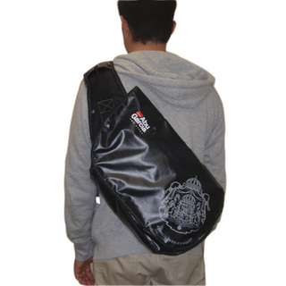 abugarcia_accessories_messengerbag-m_custom_1_4_img.jpg